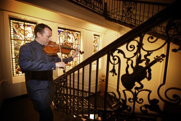 Philip+Dukes+Stradivarius+Archinto+nll